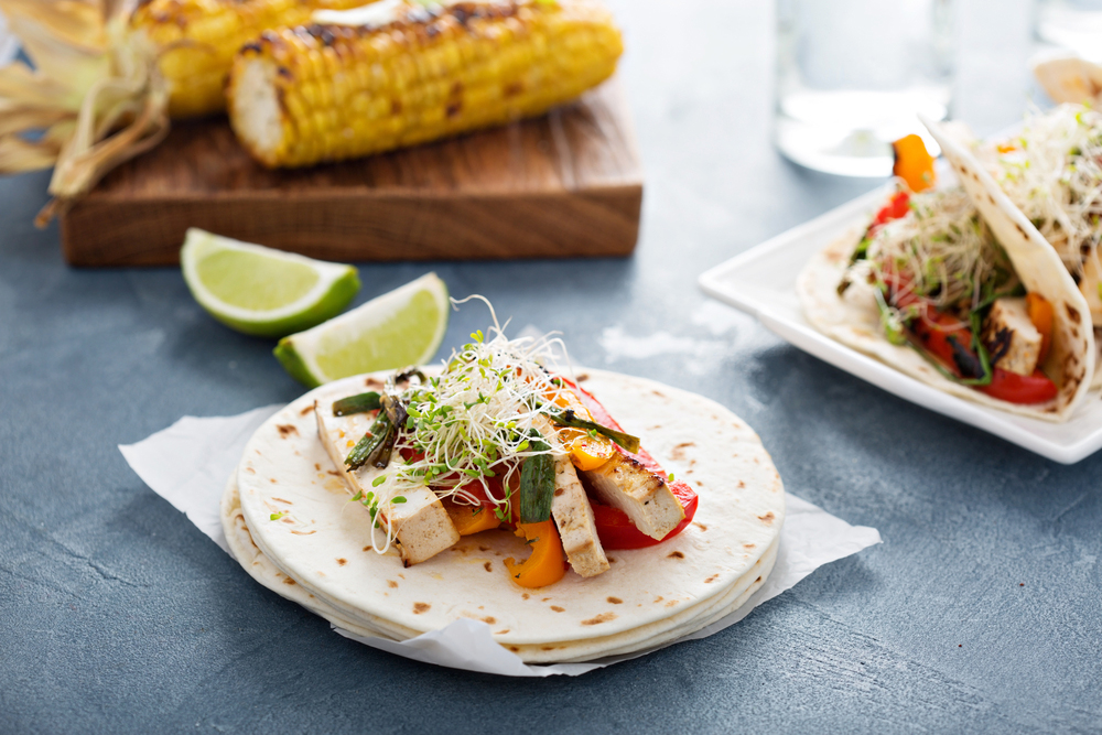 Tacos veganos con tofu