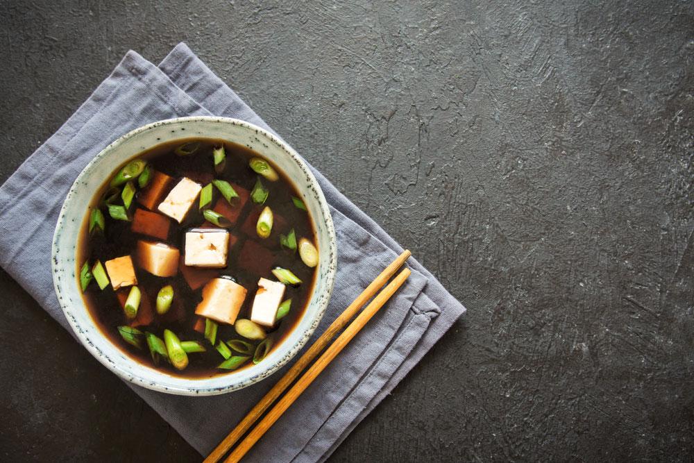 Sopa de miso miso con tofu