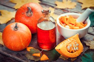 Rituali di bellezza per Halloween con zucca