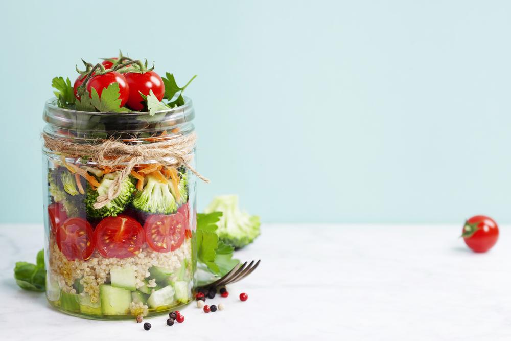 Ensalada de quínoa con verduras de verano
