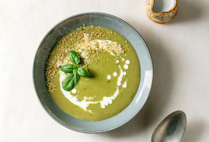 Crema di soja verde e porri con semi di sesamo 1
