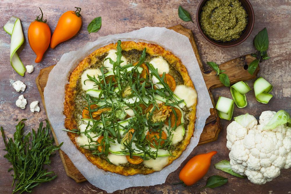 pizza de trigo sarraceno y verduras